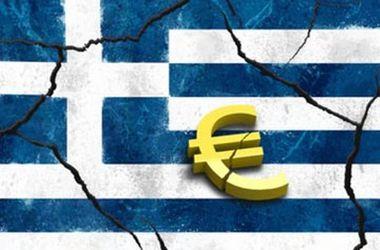 Греция временно закрывает банки и ограничивает снятие наличности